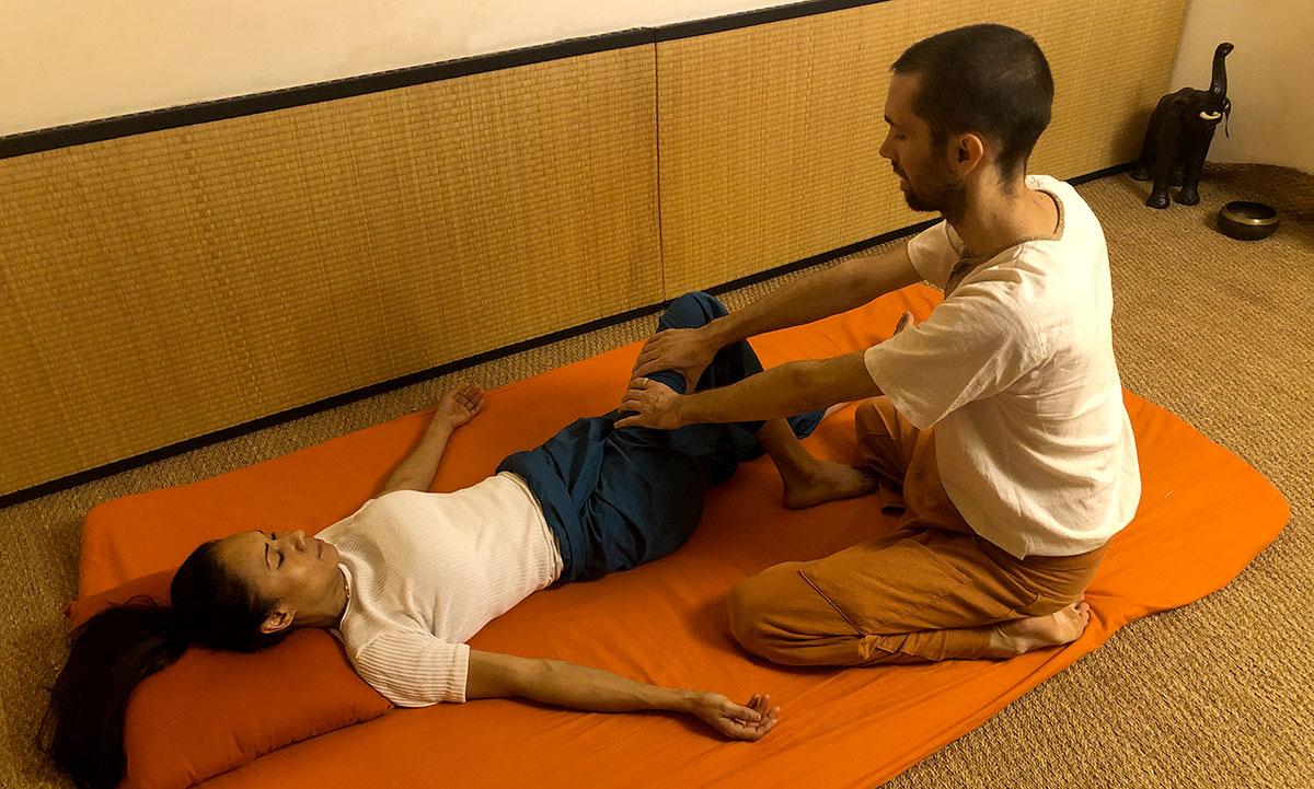 Massage thai traditionnel nuad boran Marseille